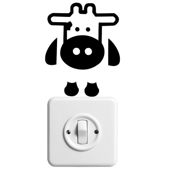 nalepená kravička