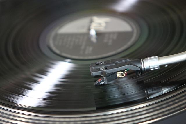 deska v gramofonu.jpg
