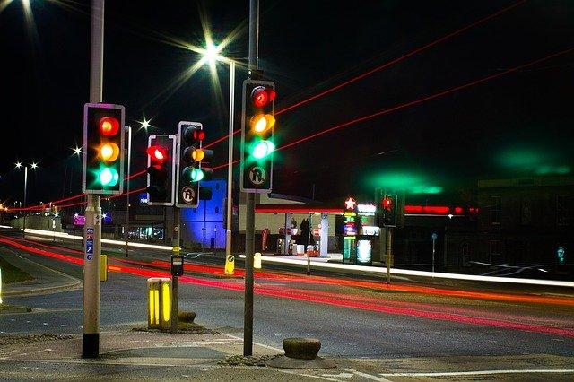 semafory na křižovatce