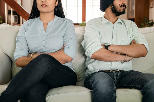muž a žena odcizení